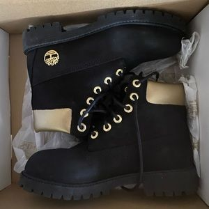 LIMITED EDITION TIMBERLAND BOOTS | Black and Gold